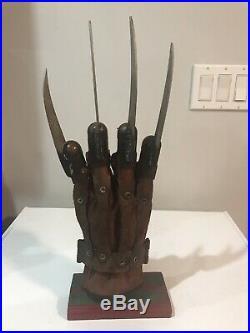 A Nightmare On Elm Street 2010 Freddy Krueger Glove Prop Replica Neca