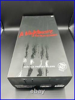 A Nightmare On Elm Street Replica Freddy Glove