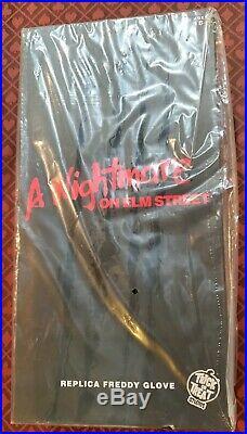 A Nightmare on Elm Street Metal Glove Freddy Krueger Trick Or Treat Studios