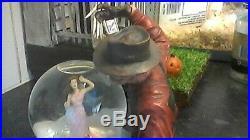 NECA Freddy Kruger A nightmare on elm street Snow globe. Figure horror sideshow