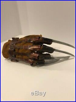 NECA Reel Toys Nightmare On Elm Street Freddys Glove Replica RARE 2010 Version