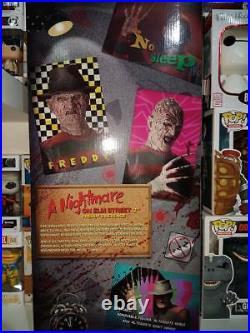 Neca Freddy Kruger 50 cm Nightmare on Elm Street Part 2 NECA 1/4 Nuovo