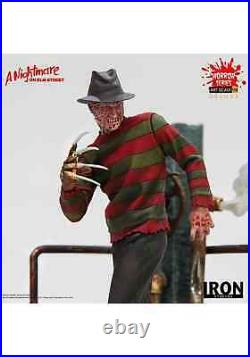 Nightmare on Elm Street Freddy Krueger Deluxe Statue
