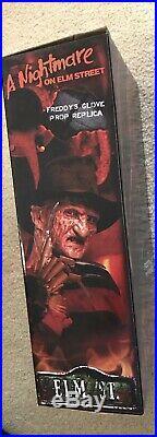 Nightmare on Elm Street Freddy Krueger Glove Prop Replica 1984 Neca