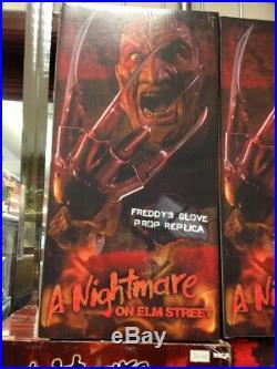 Nightmare on Elm Street Freddy Krueger Glove Replica 1984 Film. Neca FREE POST