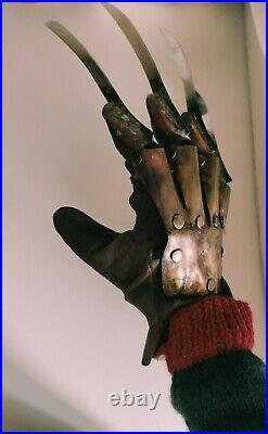 Nightmare on Elm Street Freddy Krueger glove hand made guanto + STAND