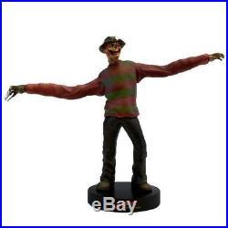 Nightmare on Elm Street Premium Motion Statue mit Sound Freddy Krueger 25cm Figu