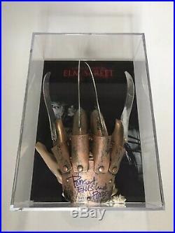 Robert Englund Signed Freddy Krueger Nightmare On ELM Street Glove In Display
