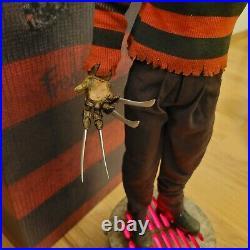 Sideshow FREDDY KRUEGER 1/4 statue Premium Format Nightmare Elm Street Doll