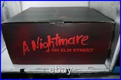 Sideshow Nightmare Elm Street Freddy Krueger 1/4 Premium Format Statue 484/1200