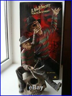 Sideshow Signiert Nightmare on Elm Street FREDDY KRUEGER DIORAMA STATUE