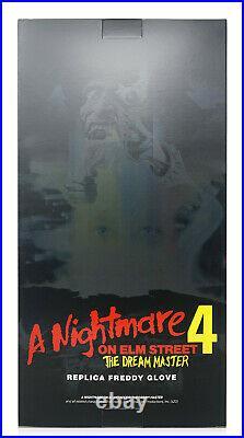 Trick or Treat Studios A Nightmare on Elm Street 4 Deluxe Freddy Krueger Glove